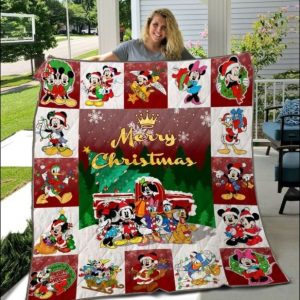 Disney characters Merry Christmas quilt