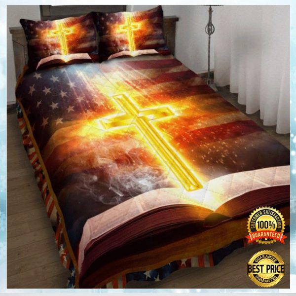 CROSS AND BIBLE AMERICAN FLAG BEDDING SET 3