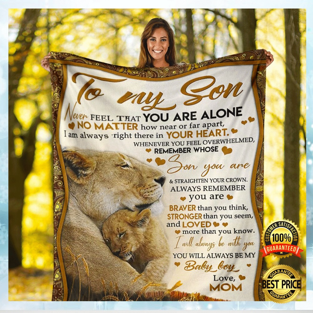 Lion Mom To My Son Never Feel That You Are Alone Fleece Blanket 4